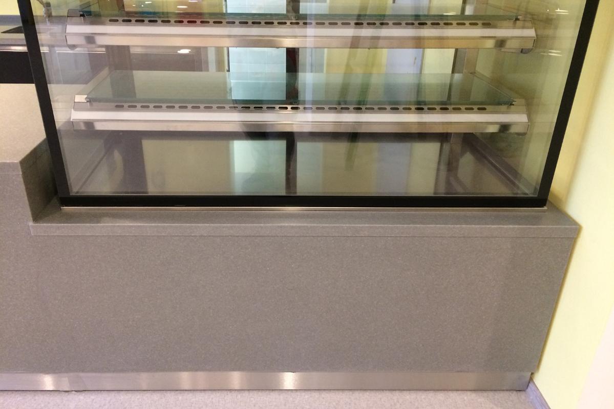 bistro-pult-chladiaca-vitrina.JPG