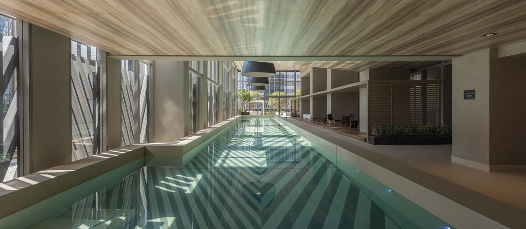 obklad-hotelovy-bazen-keramika.jpg